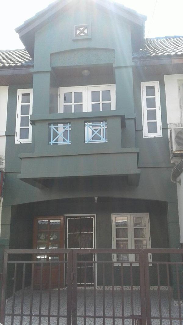 ให้เช่าทาวน์เฮ้าส์ 2 ชั้น หมู่บ้านลุมพินี บางบัวทอง 17 ตรว. 2 ห้องนอน 2 ห้องน้ำ