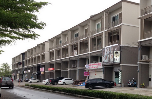 FOR RENT COMMERCIAL BUILDING BANGYAI 3.5 STOREY 27 SQW. 22,000 THB