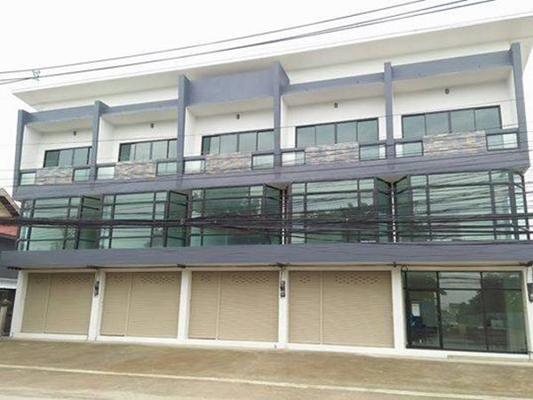 ขายอาคารพาณิชย์ 3 ชั้น 2 ห้องนอน 4 ห้องน้ำ บ้านถวาย อ.หางดง จ.เชียงใหม่