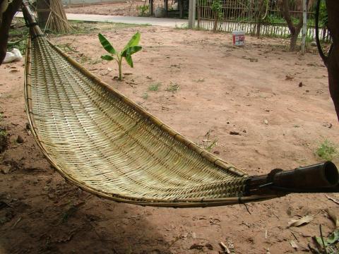 ขายปฏิมากรรมจากขี้เลื่อย  เปลไม้ไผ่ เปลญวนผักตบ นกอินทรีย์ขี้เลื่อย มังกรขี้เลื่อย