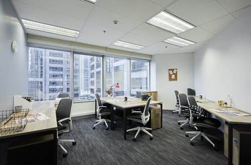 Private office for 2-3 people Fully furnished office ready to move in. Located in Sathorn CBD
