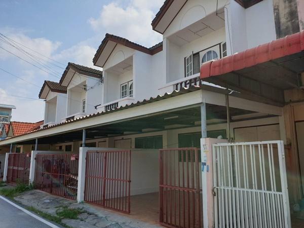 บ้านทาวน์เฮ้าส์ให้เช่ากลางเมืองระยอง 2 ชั้น 2 ห้องนอน  2 ห้องน้ำ ใกล้ สถานที่ราชการ โรงพยาบาล