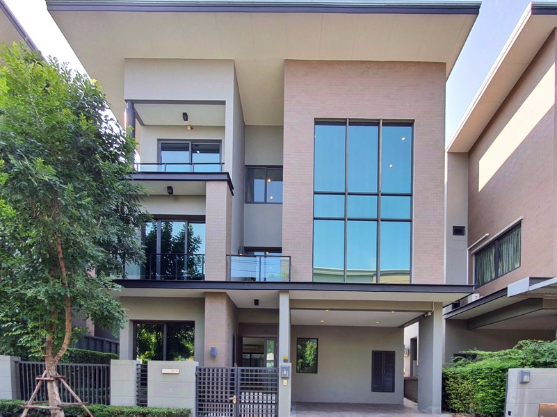 ขายบ้านเดี่ยว 3ชั้น  57 วา โครงการ โซล  ลาดพร้าว- เสนา (แยกวังหิน) ทำเลดีมาก
