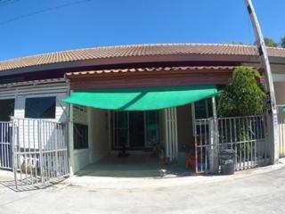 FOR SALE ทาวน์เฮาส์ชั้นเดียว 18.8 ตารางวา โครงการหมู่บ้านจักรไพศาล18 (หนองแขวะ,ศรีราชา ชลบุรี)