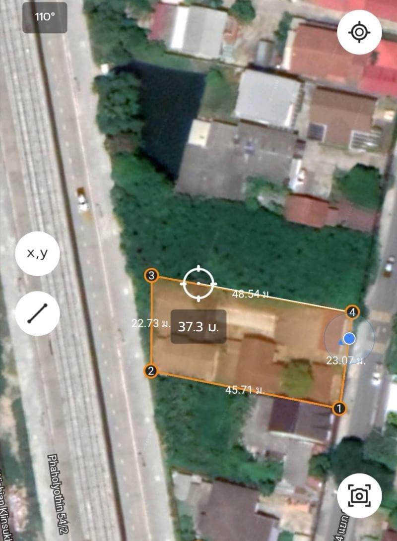 ขายที่ดิน 226 ตรว. พร้อมสิ่งปลูกสร้าง บ้านชั้นเดียว จำนวน 5 หลัง ซอยพหลโยธิน 54/4 แยก 3-2