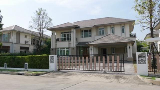 ขายบ้านเดี่ยวณุศาศิริพระราม 2 หลังใหญ่ ภายในมีโรงเรียนนานาชาติขายถูกด่วนราคาต่อรองได้