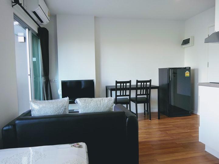 ให้เช่า  LUMPINI PLACE BANGNA KM.3 ขนาด 23 ตารางเมตร ชั้น 3 รูปแบบ 1 ห้องนอน