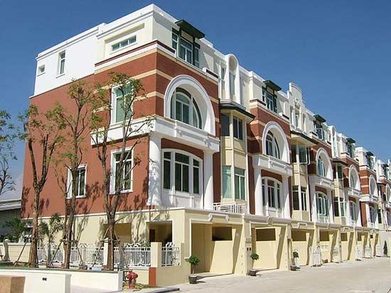 ให้เช่า/ขาย ทาว์นโฮม สุขุมวิท 103 ในเครือเมโทร For Rent/Sale Sukhumvit 103