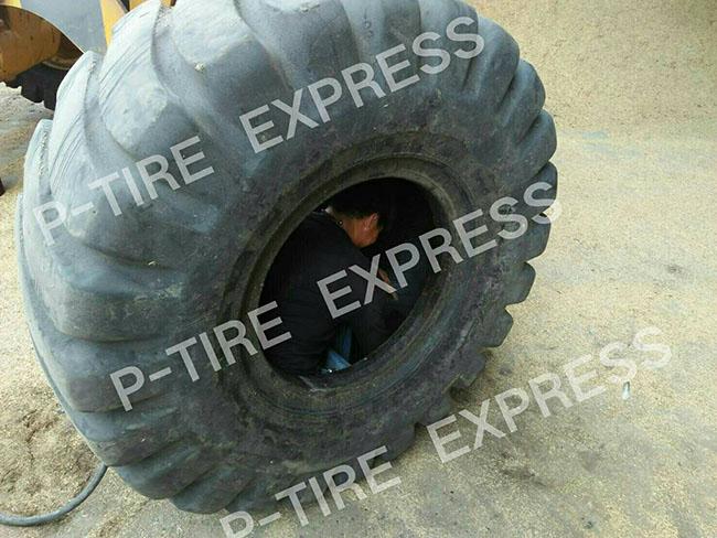 ปะยาง  เปลี่ยนยาง สติมยาง สลับยาง  ยางรถบรรทุก ถอดใส่ยาง นอกสถานที่  ต้อง ร้าน พีไทร์ เอ็กซ์เพรส โทร 0863659908