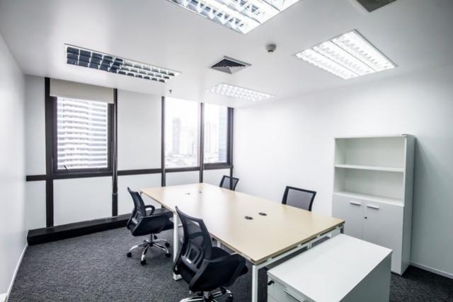 ให้เช่าสำนักงานออฟฟิศอาคารกรีนทาวน์เวอร์พระราม 4 ฟรี จดทะเบียนจัดตั้งบริษัทได้ มีห้องประชุม