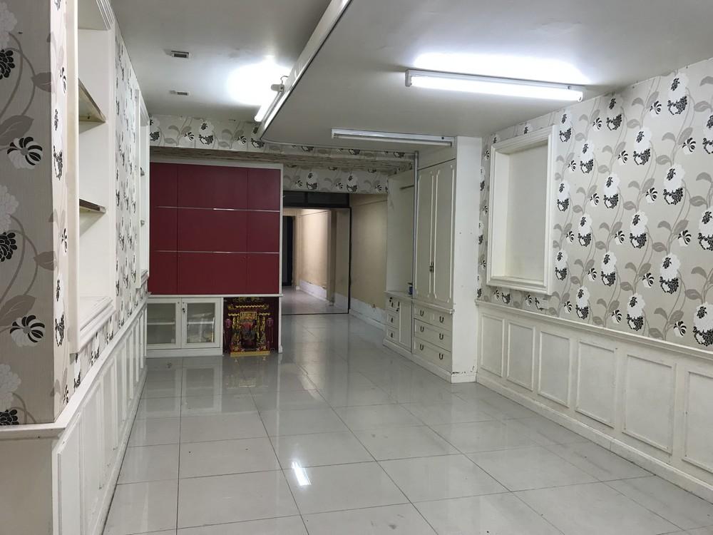 ขายอาคารพาณิชย์ 5 ชั้น ใกล้ Central ปิ่นเกล้า ติด ถ.บรมราชชนนี 5 ชั้น เหมาะทำออฟฟิศ หรือค้าขาย