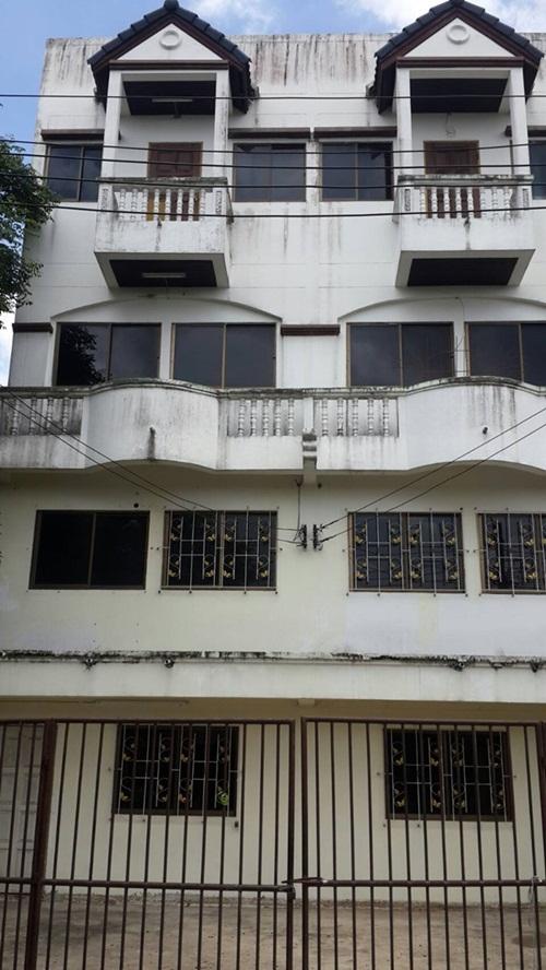 ขาย อาคารพานิชย์ 4 ชั้น 1ห้องนอน 3ห้องน้ำ 45 ตารางวา