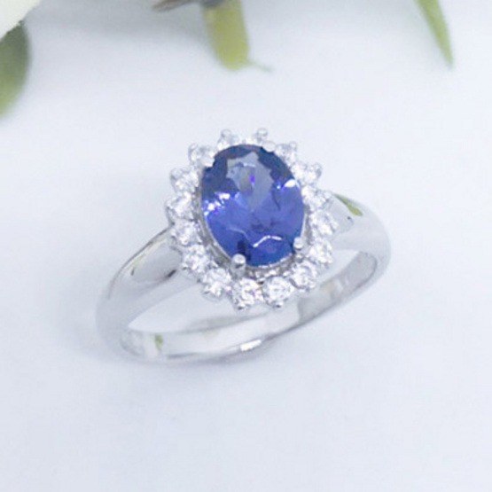 Winnie Jewelry แหวนแซฟไฟร์ (หญิง)