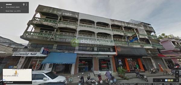 ขายอาคารพาณิชย์พร้อมที่ดิน อ.เมือง จ.ชุมพร 2 ห้องตีทะลุกัน 3ชั้นครึ่ง 6ห้องนอน 5ห้องน้ำ
